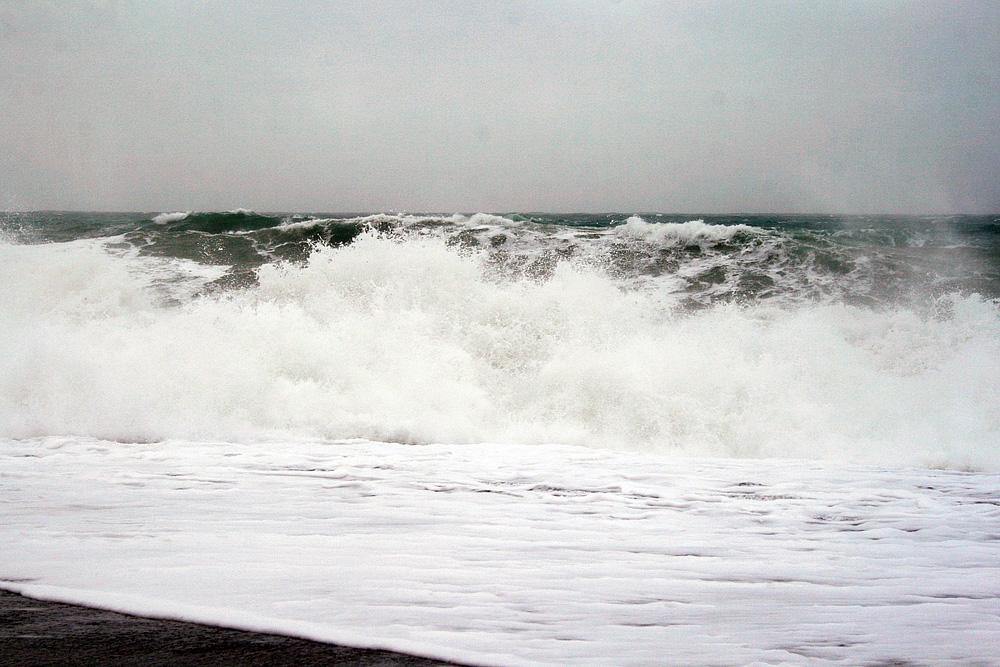 Waves_Jan25_4009