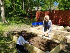Leslie (8) and her Nan Newhook planting one of our new raised beds
